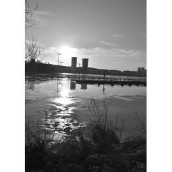 Svartvit fototavla av vintermotiv i Stockholm. Tavlor i svart och vitt
