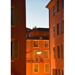 Fotokonst av färgstarka hus. Inspireras av vackra fototavlor från Spoca
