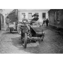 Tavla, poster Motorcyklar i Ystad. Vintage fototavla - Spoca