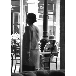 Ensam kvinna Poster. Svartvit tavla till vardagsrum eller kökstavla